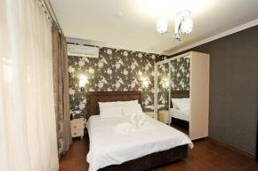 Гостиница Кристалл 10 - Частные Гостиницы Адлер (Сочи)